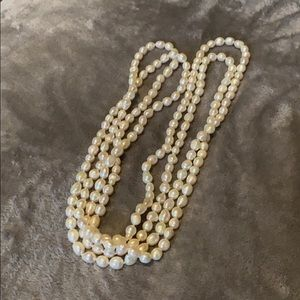 Jewelry - Freshwater pearl necklace 36in + free gift!